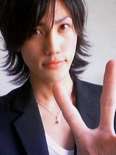 Uehara Takuya ~~~ cantante, actor Cs1weekt2yA